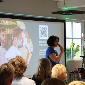 Martha Giannakoudi spricht bei einem HR Event